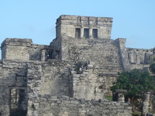Pyramid El Castillo (The Castle)
